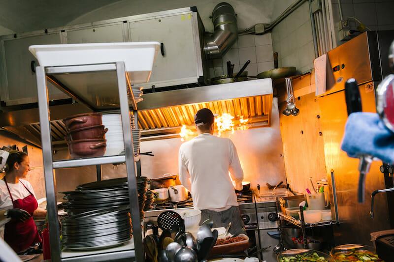 Chef Gaetano Bianchini, Mario Bianchini's son, in the kitchen, photo by Gianni Cipriano and Sara Smarrazzo