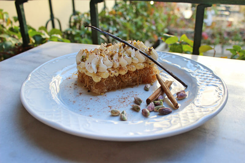 Ekmek kataifi at Ama Lachi stis Nefelis, photo by Carolina Doriti