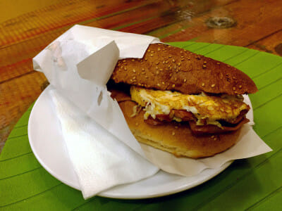 Berlin Kumru's Atom sandwich, photo by Paul Osterlund
