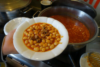 Çanak Mangalda's beans with pastırma, photo by Ansel Mullins