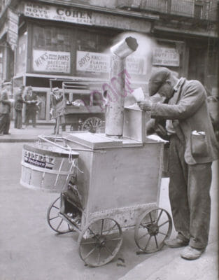 Roast corn man at Orchard and Hester streets, 1938, photo courtesy of The Miriam and Ira D. Wallach Division of Art, Prints and Photographs: Photography Collection,The New York Public Library Digital Collections